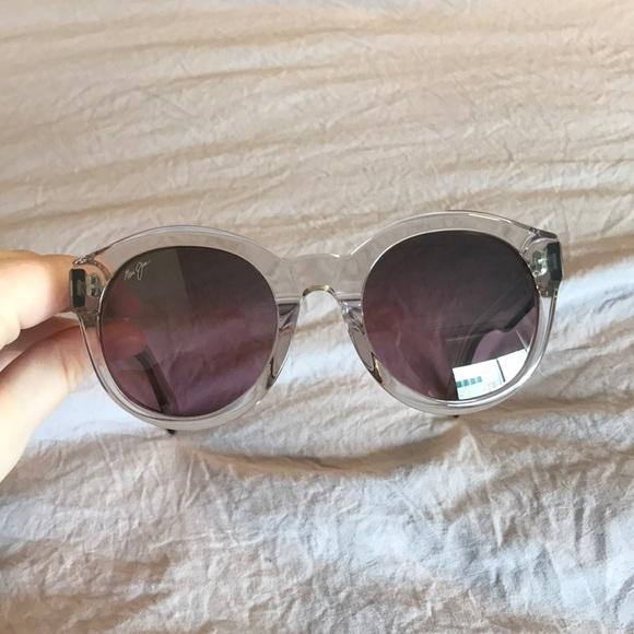 75e1b3c8c0 Women's Maui Jim Jasmine Sunglasses. M_5cbde3dd264a5569647f0492